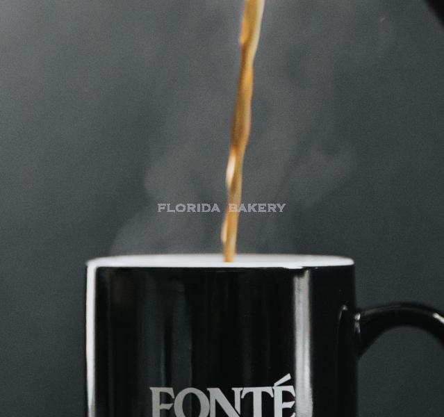 美式熱咖啡 (2.5加崙)另附糖及奶精